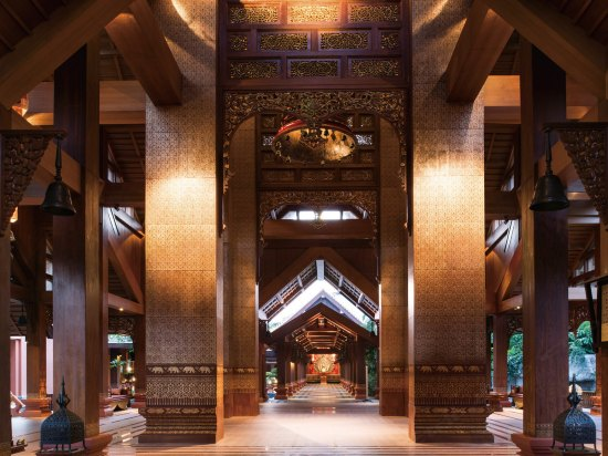 Crowne Plaza Resort Xishuangbanna Parkview  Lobby